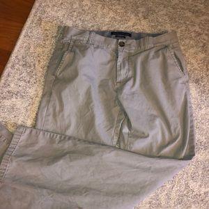 Tommy Hilfiger men's size 30/32 gray pants